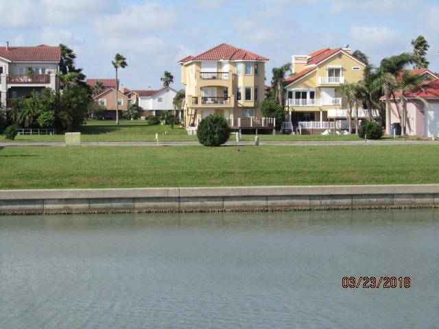 714 Kings Point Harbor, Corpus Christi, TX 78402