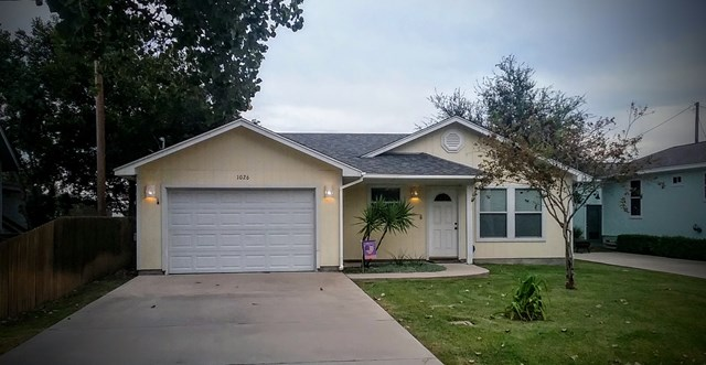 1026 S  Pearl, ROCKPORT, TX 78382