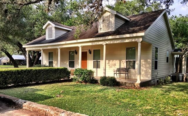 347 Davis, Goliad, TX 77963