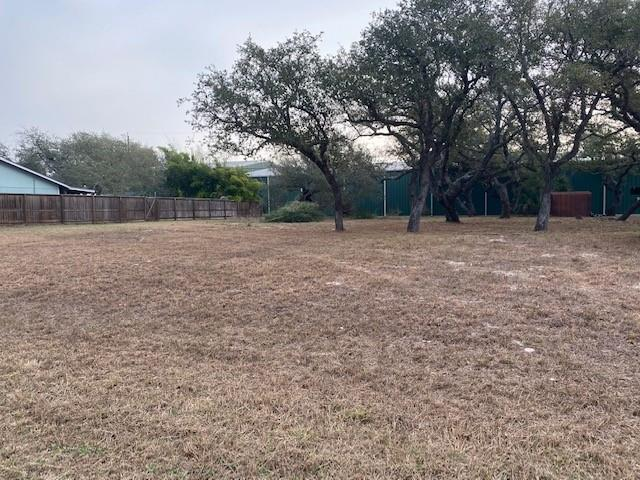 Beautiful double lot in Lamar. Just moments from The Big Tree and Goose Island State Park. Driftwood is a beautiful street with large Oaks.