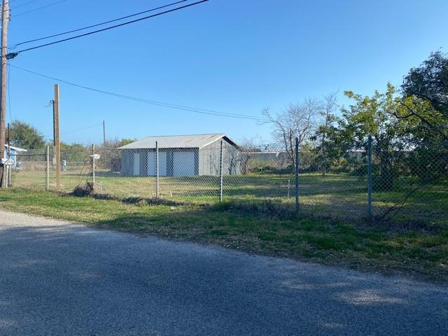 3 BUILDABLE LOTS! Check out this prime location. Close to ALL the activity of Rockport.. Just about a half a mile to downtown and Austin Street, The community Beach and Pier and some great restaurants. These 3 lots are ready for quaint cabins to make them complete. Drive by and check them out, today!!