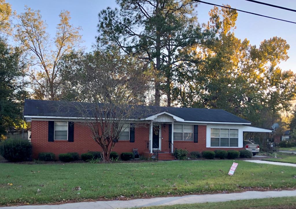401 E Mcpherson, Nashville GA