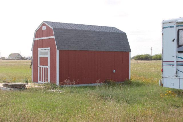 196 Oarfish, Palacios, TX 77465