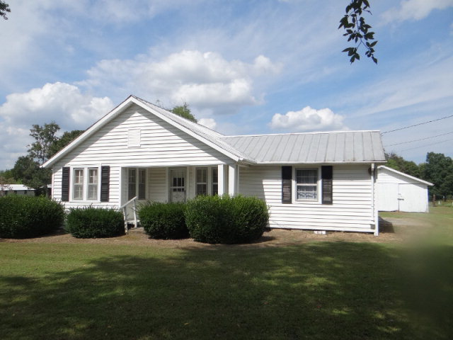 Featured Property in DOWELLTOWN, TN, 37059