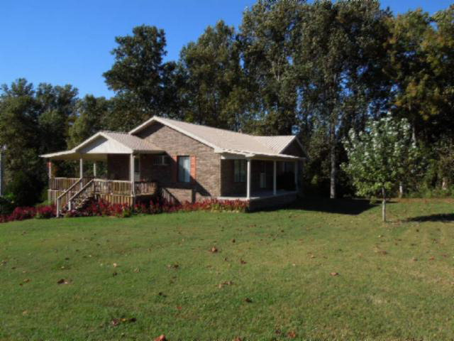 Featured Property in RED BOILING SPRINGS, TN, 37150