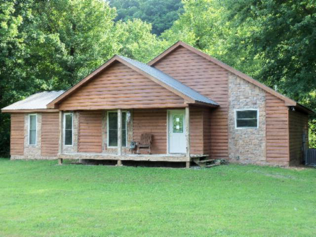 Featured Property in TOMPKINSVILLE, KY, 42167