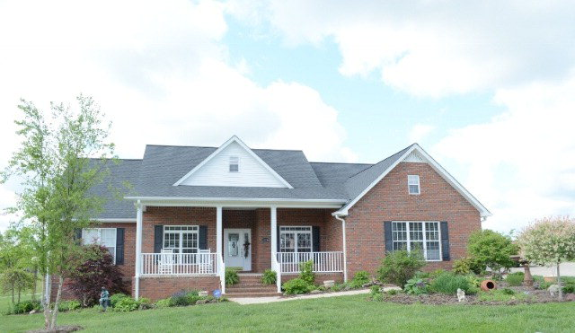 Featured Property in COOKEVILLE, TN, 38501