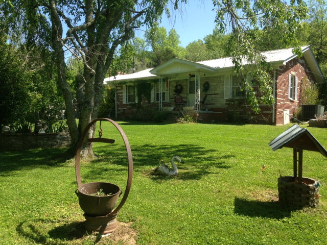 Featured Property in WHITLEYVILLE, TN, 38588