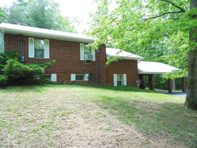 Single Family Home for Sale, ListingId:28305817, location: 3070 Mount Helen Rd Allardt 38504