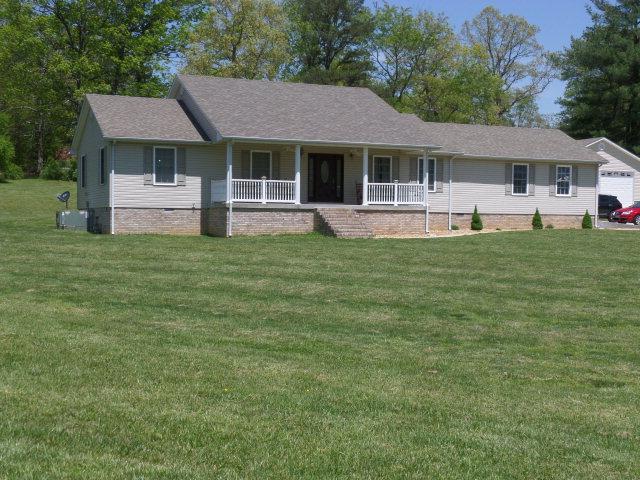 Real Estate for Sale, ListingId:28678095, location: 8721 Crossville Hwy Sparta 38583