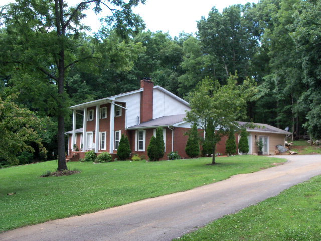 Featured Property in COOKEVILLE, TN, 38506