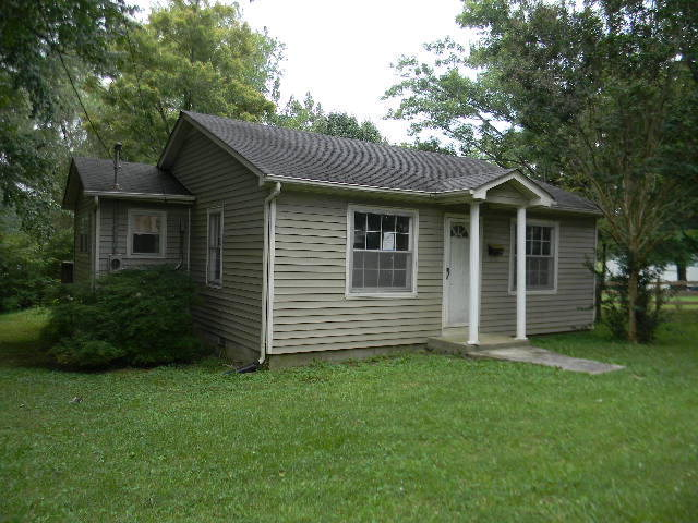 Single Family Home for Sale, ListingId:29097527, location: 213 W. Spring Street Smithville 37166