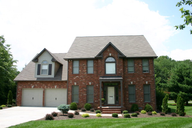 Single Family Home for Sale, ListingId:29187813, location: 1026 N PLANTATION Cookeville 38506