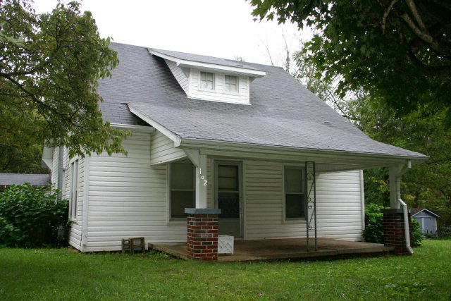 Featured Property in ALGOOD, TN, 38501
