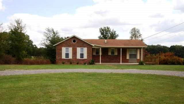 Featured COOKEVILLE Real Estate Listing