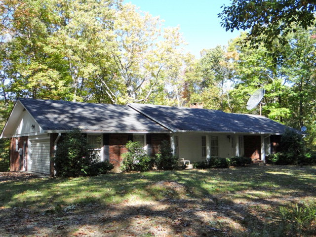 Single Family Home for Sale, ListingId:30731990, location: 707 Buck Mountain Trail Cookeville 38506