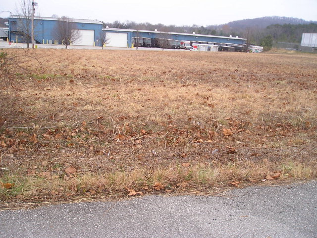 Commercial Property for Sale, ListingId:30973003, location: 310 INDUSTRIAL DRIVE Cookeville 38506