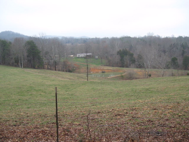 Featured Property in Hilham, TN 38568