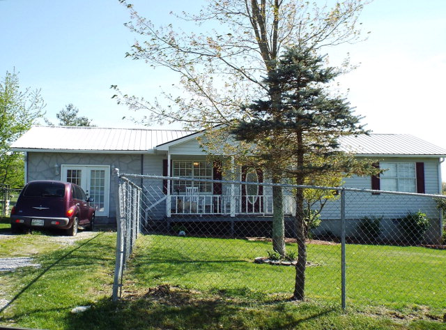Single Family Home for Sale, ListingId:33020210, location: 1240 Springhill Road Jamestown 38556