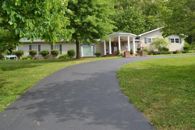 Real Estate for Sale, ListingId: 33586001, Livingston,TN38570
