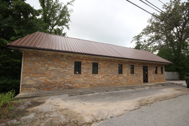 Commercial Property for Sale, ListingId:34233835, location: 1270 W Broad Street Cookeville 38501
