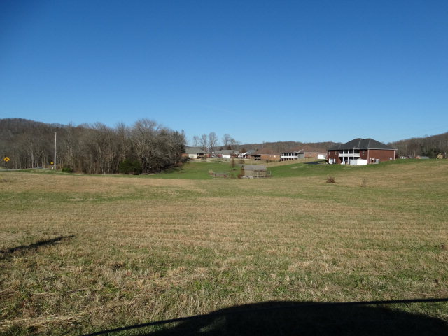 Land for Sale, ListingId:36504617, location: 4420 Rocky Point Road Cookeville 38506