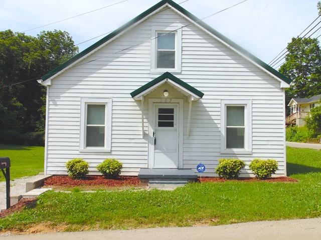 207 E. Everett Street, SPARTA, TN 38583