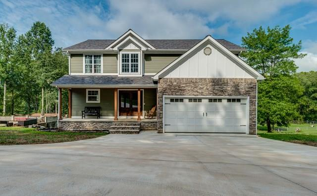 191 River Oaks Dr, SPARTA, TN 38583
