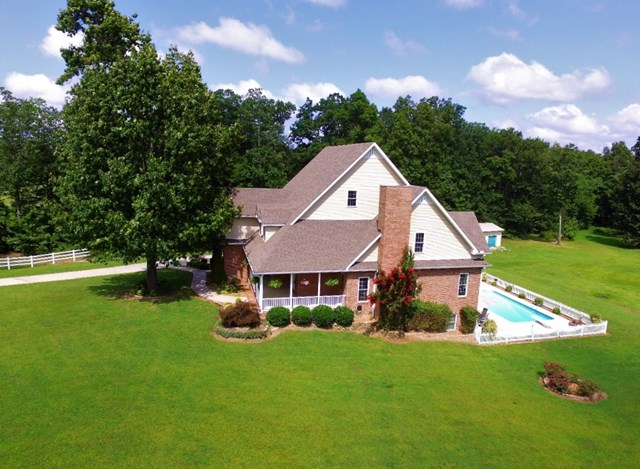 320 THE LANE ROAD, COOKEVILLE, TN 38506