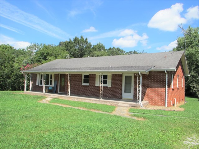 9628 Cookeville Boatdock Rd, Baxter, TN 38544