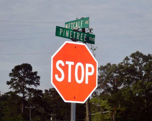 Metcalf Avenue and Pinetree Boulevard, Thomasville, GA 31792