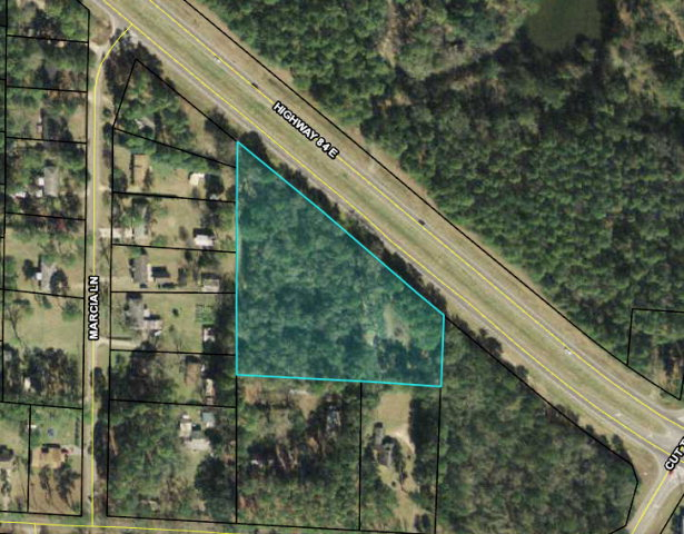 Looking for a property with ample Hwy 84 road frontage close to Thomasville? This is it. Perfect spot for a commercial business or a multi-residential housing development in this nearly un-tapped resource for Thomasville/Valdosta commuters. Current land owner will assist as needed in acquiring zoning for your project.