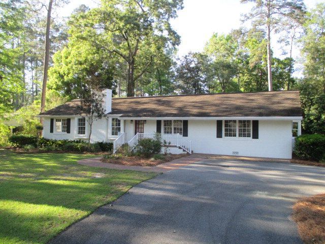 104 Imperial Drive, Thomasville, GA 31792