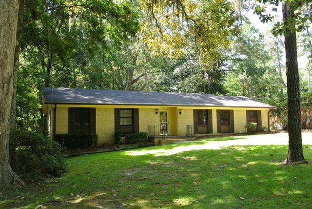 106 Hickory Drive, Thomasville, GA 31792