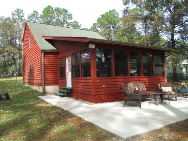 2573 Holly Drive Loop, Donalsonville, GA 39845