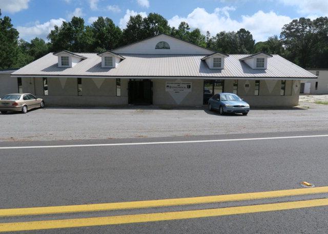 3800 New Hope Rd, Pelham, GA 31779