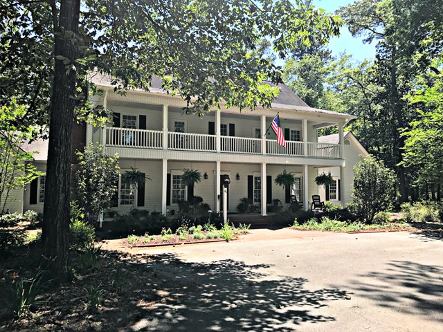 40 Olive Creek Farm Drive, Thomasville, GA 31757