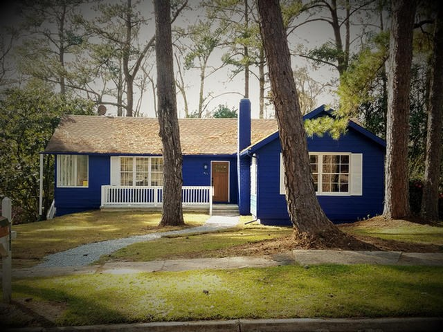 421 Edgewood Circle, Thomasville, GA 31792
