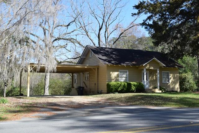 374  Hand Ave, Pelham, GA 31779