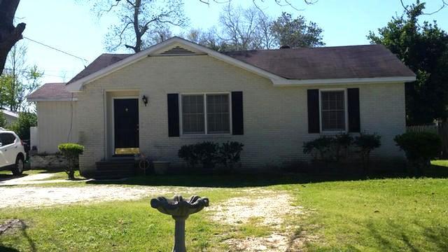 124 Orchard Lane, Thomasville, GA 31792