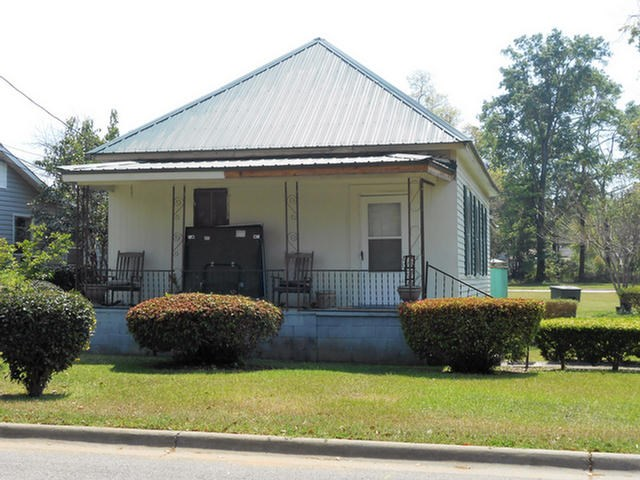 130 Andrews St, Thomasville, GA 31792