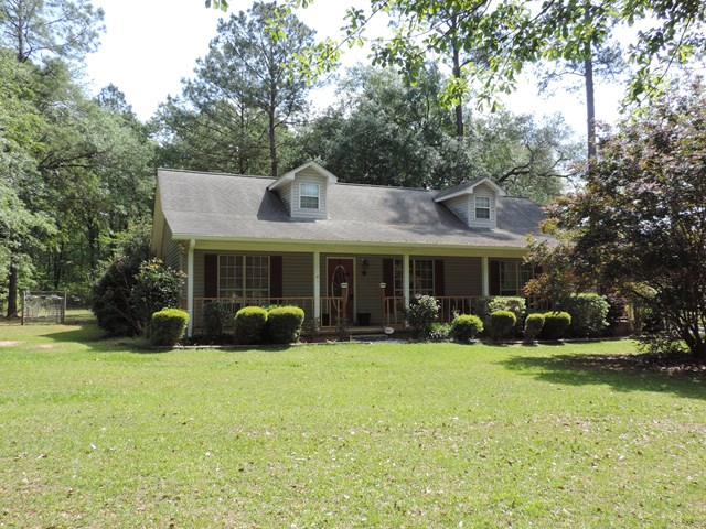 2044 Williams St., Metcalf, GA 31792