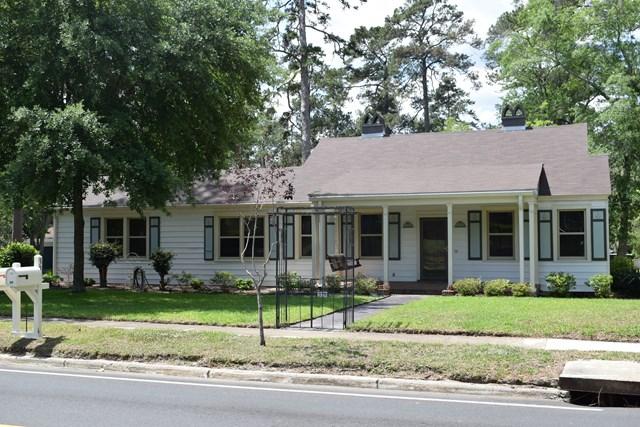 339 Glenwood Dr, Thomasville, GA 31792