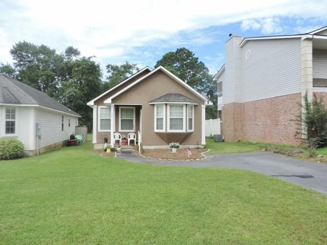 103 Courtyard Drive, Thomasville, GA 31792