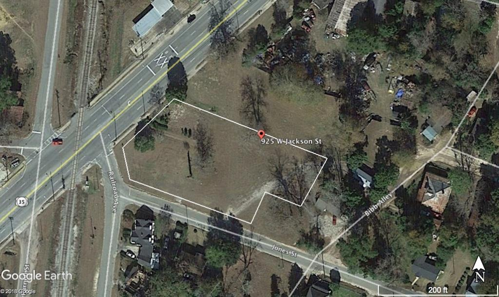 Corner commercial lot on Jackson Street / Hwy 319 South in Thomasville.  The property is close to downtown and is cleared.  Lots of possibilities with this lot.  It will need to be surveyed to get the exact acreage, but it is around 1 acre.