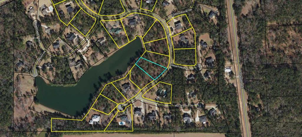 Approximately 0.8 acre lot on the water in Beachton Place. Convenient to Thomasville and Tallahassee, Beachton Place is in Grady county but homes have a Thomasville address. Wells Lake (great fishing) is available to all Beachton Place owners. Check out the community web site, www.beachtonplace.com. Seller will consider owner financing.