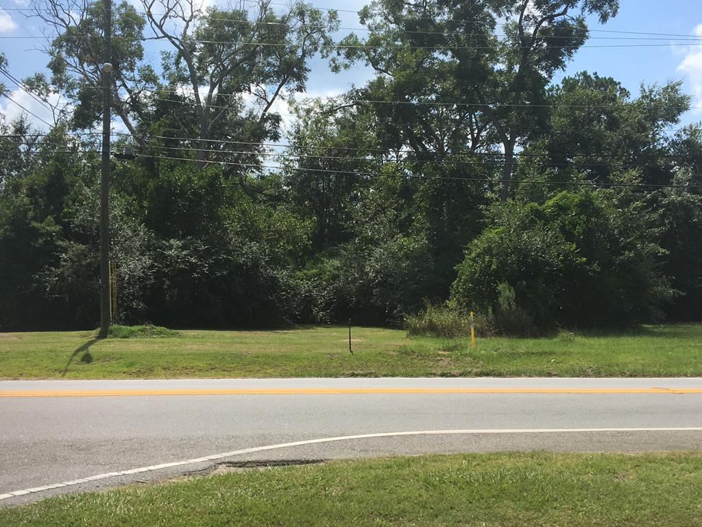 Zoned for commercial use in a high visibility area, this .4 acre lot is convenient to schools and Grady County hospital.