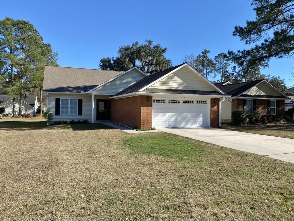 Fabulous Remodeled Home in Magnolia Pond Subdivision! No Association Fees.Can't find what you're looking for?? Come take a tour of this beautiful 3bd/2ba home with double garage. The interior has been completed updated with new flooring, paint, granite counter tops, and stainless steel appliances. If move in ready with class and style is what you've been waiting on then look no further. This home features a split bedroom floor plan, box tray ceilings in the formal dining and living areas, breakfast nook, plantation shutters through out and so much more. The master suite features a large walk in closet, double vanities, soaking tub, and separate shower. The larger of the 2 spare rooms offer access to the 2nd bath with brand new walk in ceramic tiled shower. The garage floor has also been repainted and is clean as a whistle. Do not let this one pass you by. Schedule your private tour today!