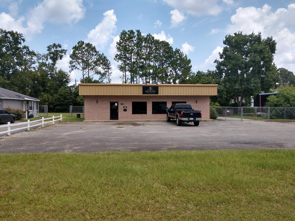 Office and Warehouse Space!  Two offices.. receptionist area.. and break room.  Additional office space inside warehouse area.  Two roll up doors..  Paved parking.. Chain link fencing.