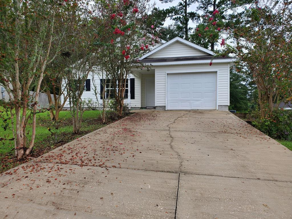 Great starter home close to the county schools.  This home has new paint and flooring throughout as well as new appliances included.  High vaulted ceilings makes this home feel larger. Don't wait setup an appointment to see this property right away